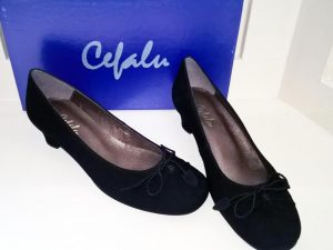 Alba suede black shoes, Elegante Dronfield
