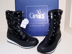 Black snow boots, Elegante Dronfield