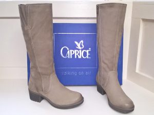 Nubuc knee boots, Elegante Dronfield