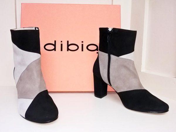 Black suede boots, Elegante Dronfield