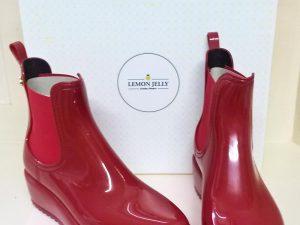 Jelo - Red, Elegante Dronfield