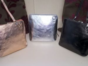 Leather Clutch - V155, Elegante Dronfield